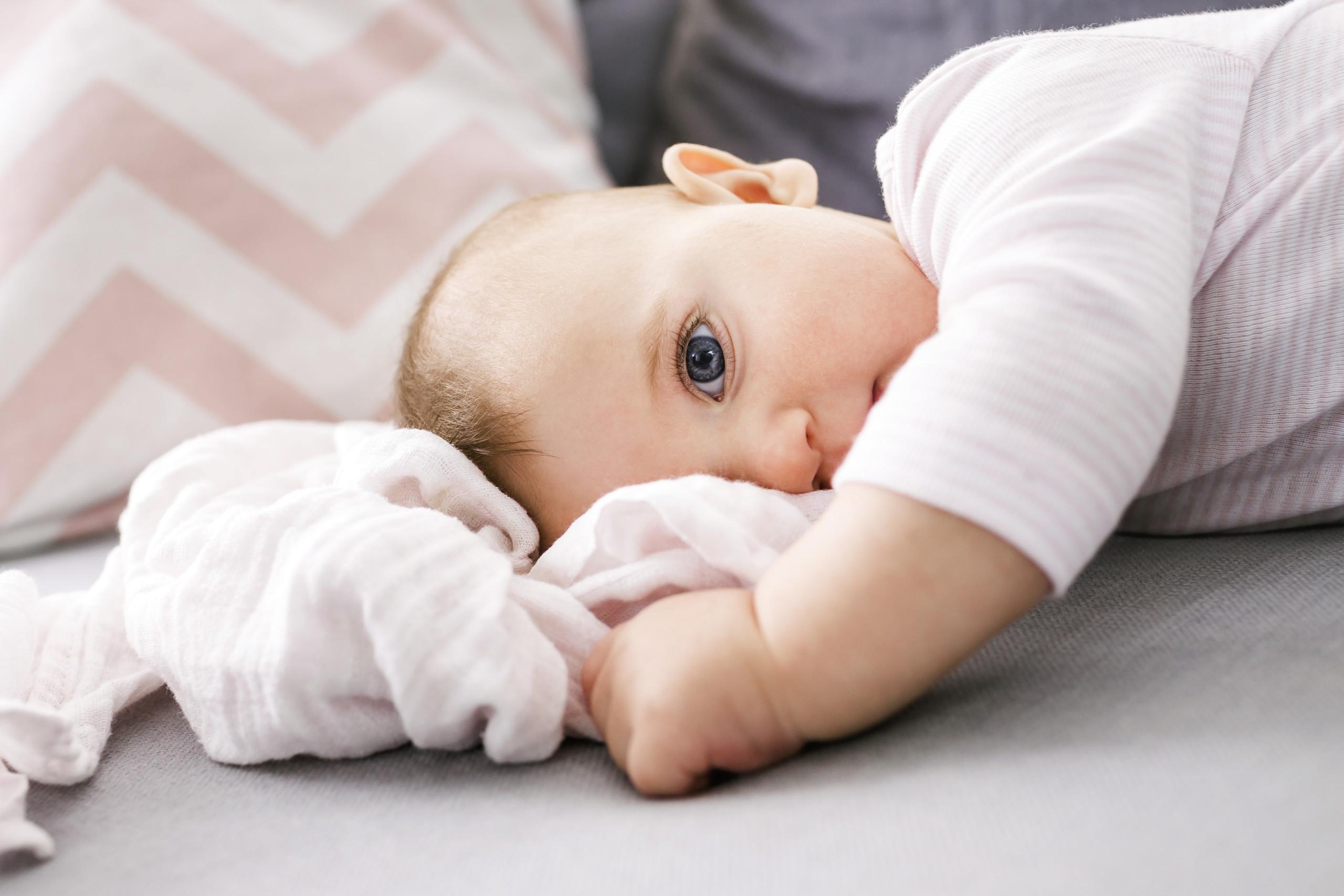 winter baby damit dein baby nicht friert 5 tipps f r die kalte jahreszeit limango magazin. Black Bedroom Furniture Sets. Home Design Ideas
